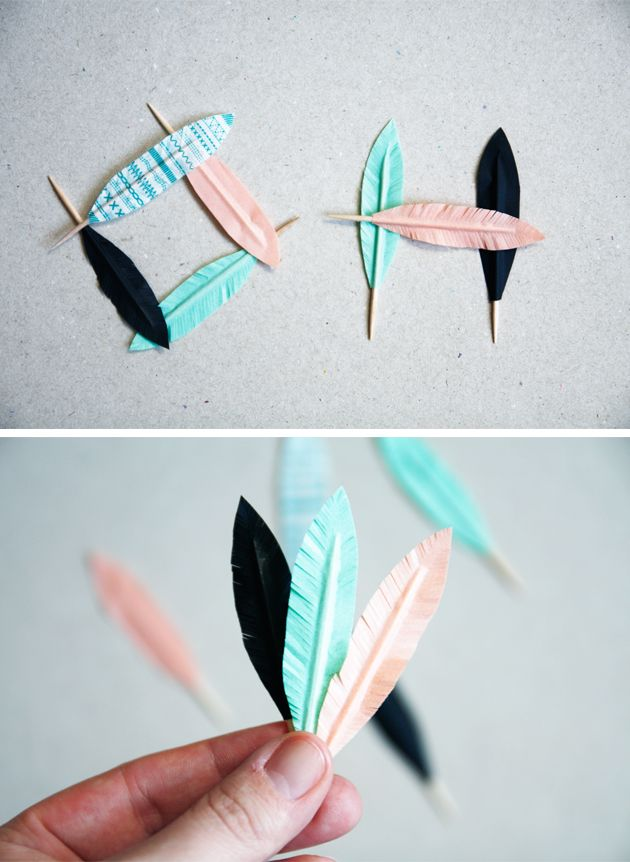 DIY feathers - the tutorial is in Dutch (?) but it looks like she just used contact paper and toothpicks. Super cute!