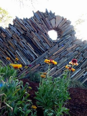 Freestanding dry-stacked stone wall