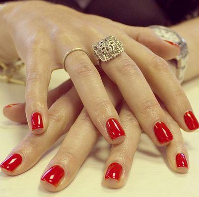 #christmas #colour #166 #Blazing #Lacquer #red #biosculpturegel #festive #nails