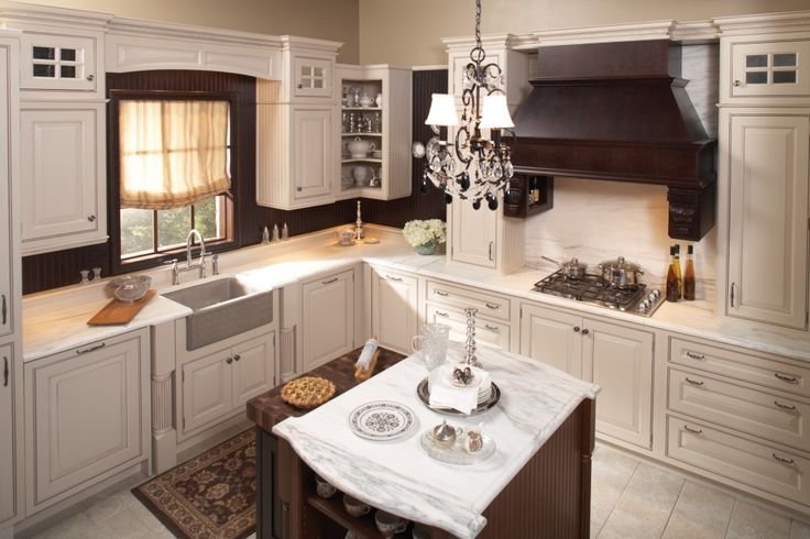 Wellborn Cabinets - http://www.simpous.com/home-decoration/wellborn-cabinets.html