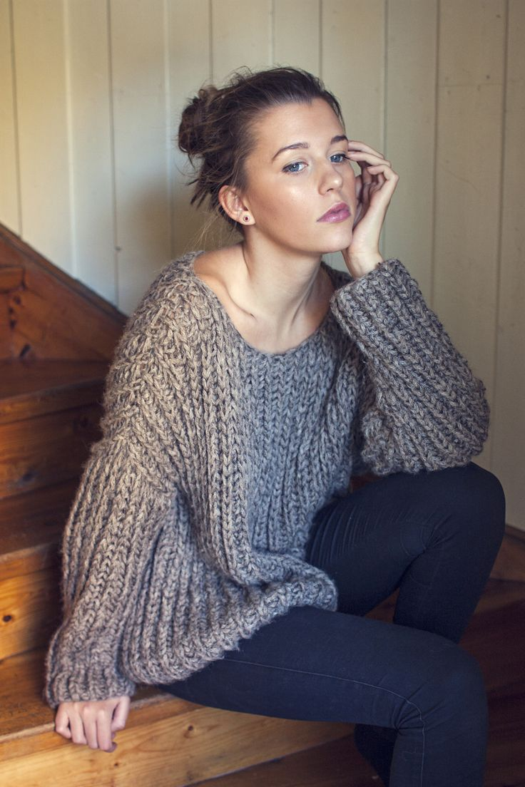 RIBBED KNIT ALPACA & SILK SWEATER ~ Loose knit, one size, relaxed fit