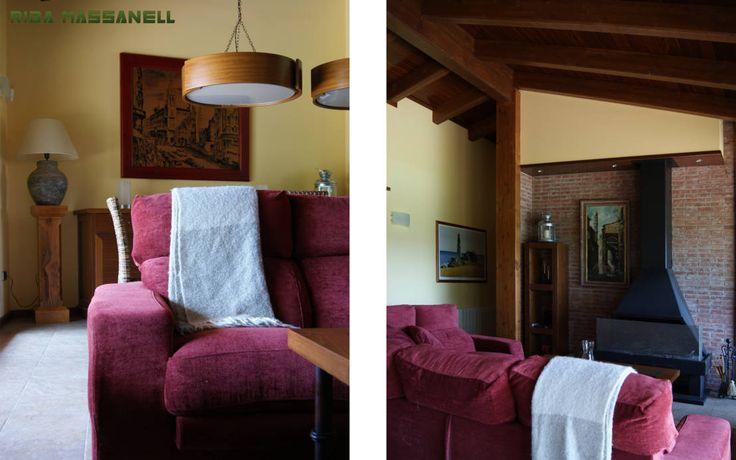 Salón : Salas de estar mediterrâneas por RIBA MASSANELL S.L.