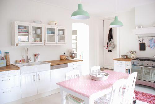 Yvestown's lovely kitchen