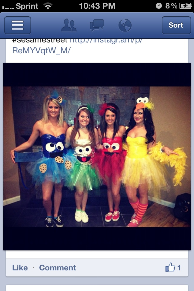 Halloween costumes!!! So cute how did I not think of this?! Yes I did screen shot a fb friend... Don't judge