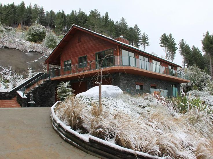 House With Real Wow Factor - http://www.rentorsell.co.nz/properties/house-with-real-wow-factor/