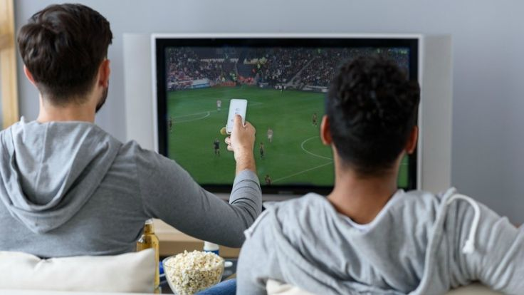 Monthly bills for cable and satellite TV services have gotten out of control. A typical channel package with one premium movie channel added can cost well over $100 per month. Yikes! These skyrocketing costs have forced people to cut the cord for…