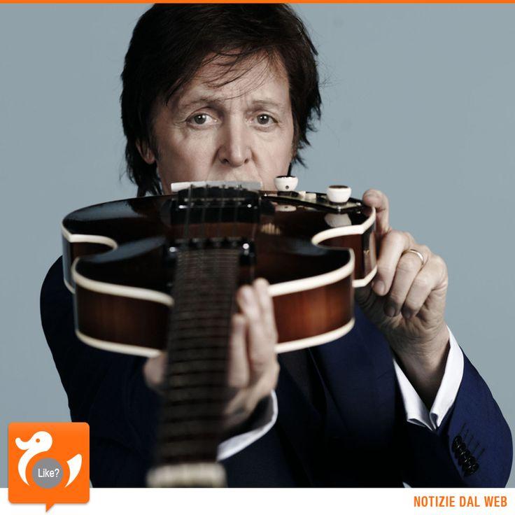 ACCADDE OGGI Secondo la classifica della rivista People, pubblicata il 16 marzo 1985, il personaggio più ricco del mondo è Paul McCartney con un patrimonio pari a circa 1000 Miliardi di Lire (500 Milioni di Euro per intenderci).