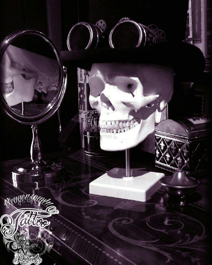 Skull skull art gothic