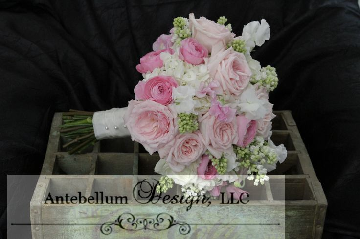 pink and blush bouquet with wedding flowers like ranunculus sweet pea and lilac dallas. Black Bedroom Furniture Sets. Home Design Ideas