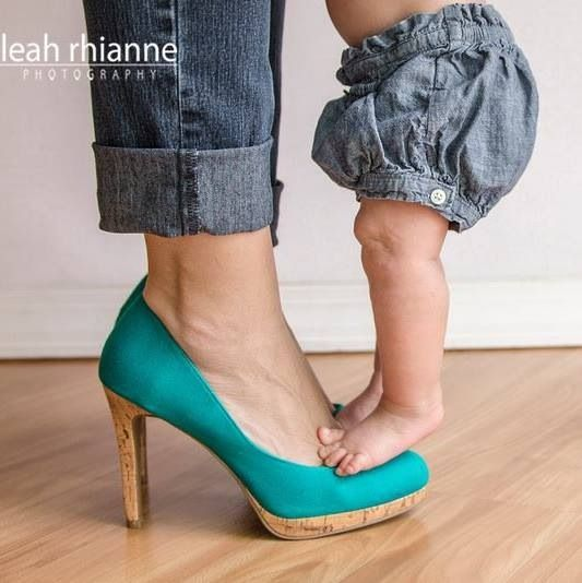 Six month photo shoot - Leah Rhianne Photography #leahrhiannephotography #heels #babygirl