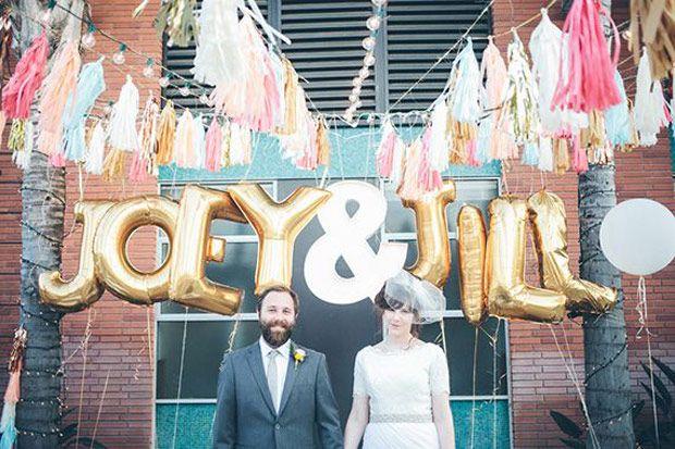Des ballons pour une déco de mariage fun et créative - http://www.mariageenvogue.fr/blog/index/billet/10854_diy-ballons-deco-mariage #wedding