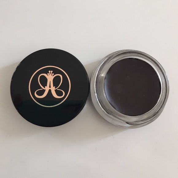 Anastasia brow pomade chocolate! New no box! New! Seal! Box got damage on the shipping, inside is intact! Color chocolate! Anastasia Beverly Hills Makeup Eyebrow Filler