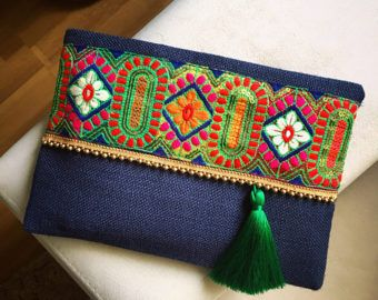 Sage Floral Clutch, Bohemian Clutch, Boho bag, women handbag, gift for her, bohochic clutch  A fashion statement that will catch everyones attention! This Sage Floral Clutch will bring elegance to your style. It will be chic with jeans or dresses and you may use this clutch bag both day and night. This clutch bag is perfectly handmade with high quality sage jute fabric. Designed with a silk embroidery and a beaded trim. Clutch has a silk satin interfacing and a padding inside to stand…
