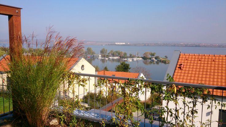 Výhled z naší terasy apartmánu Pálava
