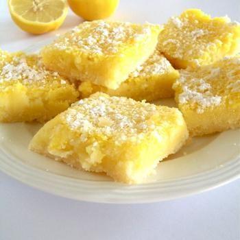 Gluten Free Vegan Lemon Bars. These look seriously good.