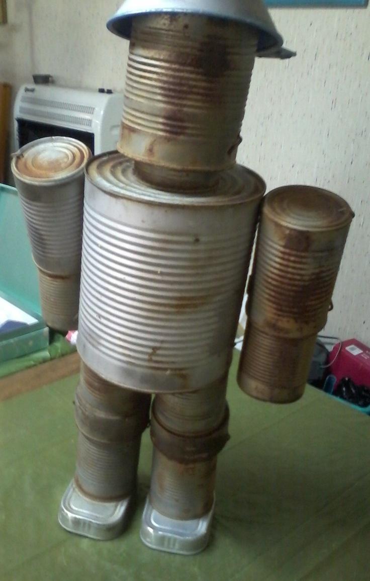 Tin can man idea garden art pinterest - Diy tin can ideas ...