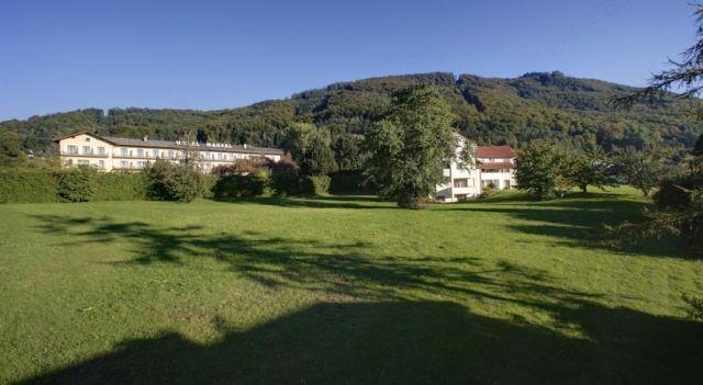Hotel Magerl - 3 Star #Hotel - $82 - #Hotels #Austria #Gmunden http://www.justigo.co.uk/hotels/austria/gmunden/magerl_51269.html