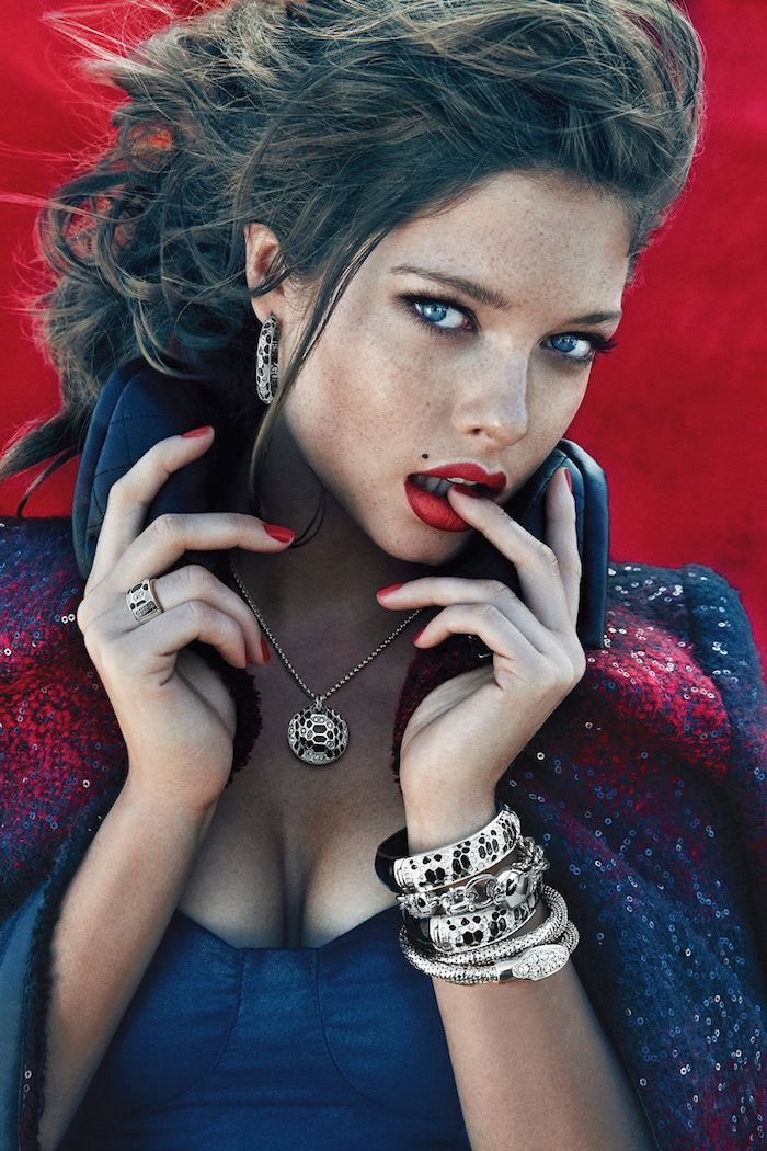 LOOKandLOVEwithLOLO: 2013 Ads, Guess Accessoir, Accessories Fall, Photoshoot Sandrahhellberg, Red Lips, Guess Accessories, Fashion Review, Sandrahhellberg Guess, Guess Pubblicità