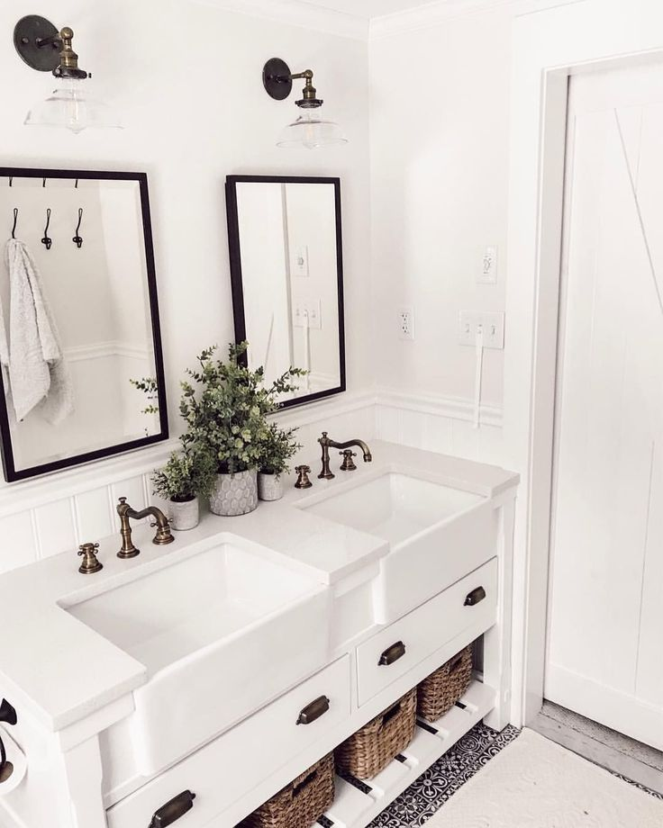 Extraordinary White Bathroom Ideas – Isabelle Cormier