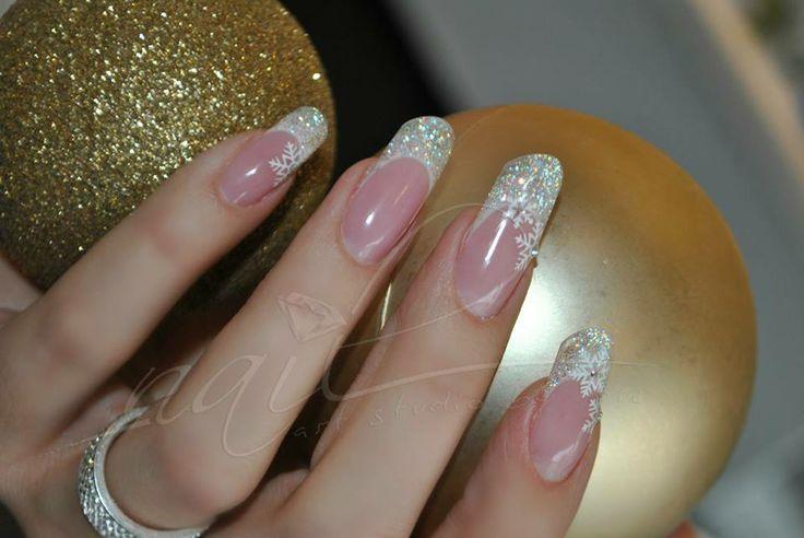 Christmas nail art manicure