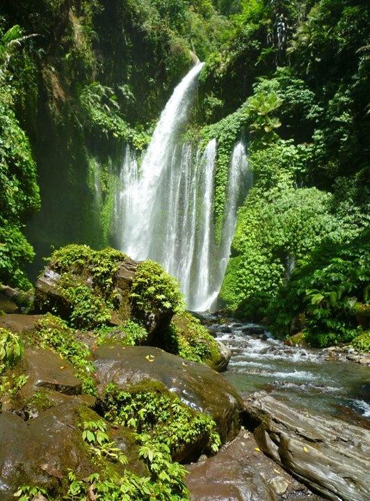 Indonesia - Tiu Kelep Waterfall, Lombok Island