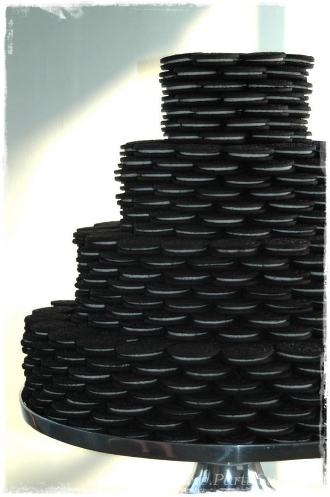 Black and white party food ideas mini cake tiers with - Black and white food ideas ...