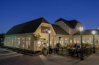 Tony's Pasta Shop & Trattoria :: Bluff View Art District chattanooga