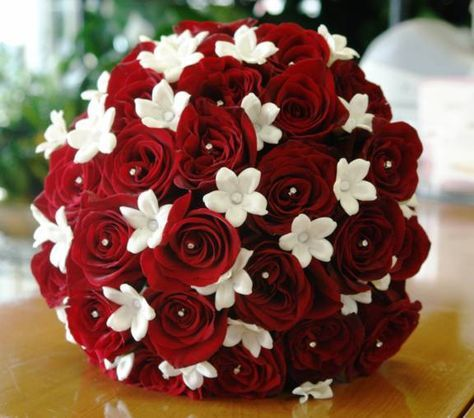 red rose and stephanotis bouquet