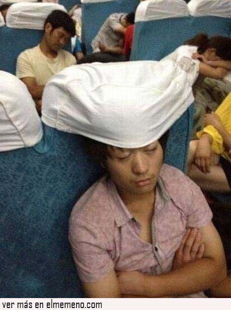 Dormir en el bus nivel asiático