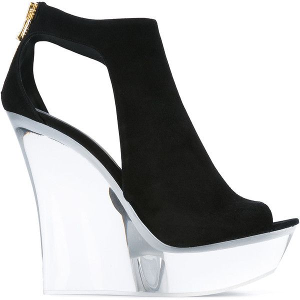 Balmain white wedge sandals ($2,510) ❤ liked on Polyvore featuring shoes, sandals, black, black evening sandals, black wedge sandals, black leather shoes, white wedge shoes and black sandals