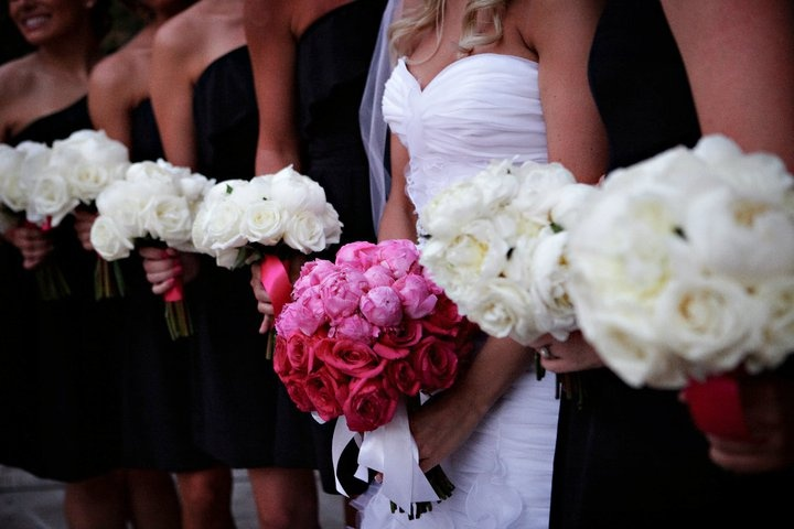 pink & white bouquets