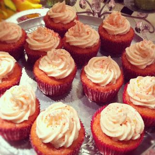 strawberry coconut cupcakes