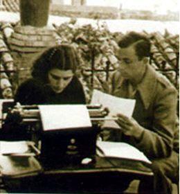 Blog de los niños. Miguel Hernández y su esposa Josefina.