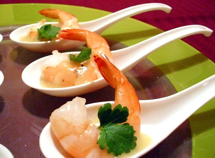 Spoons chinese and shrimp on pinterest for Amuse bouche cuisine
