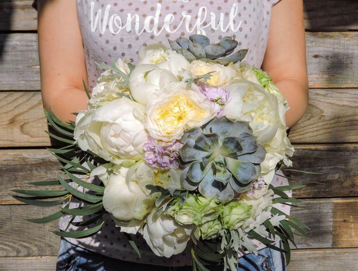Suculents bridal bouquet