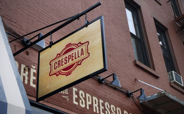 35 Examples of Beautiful Sign Designs
