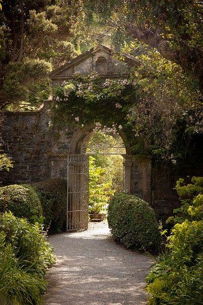 Stunning gateway, love the wild garden alongside the orderly gravel path #chezpluie www.chezpluie.com