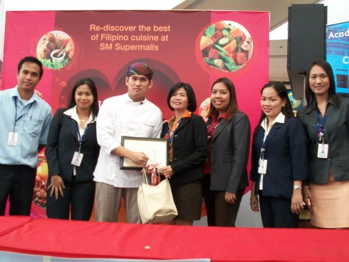 Foodcourt Cooking Demo feat. St. Dominic College of Asia 2010
