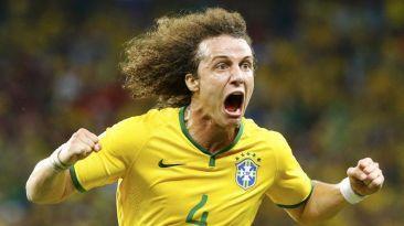 David Luiz es el numero 7.