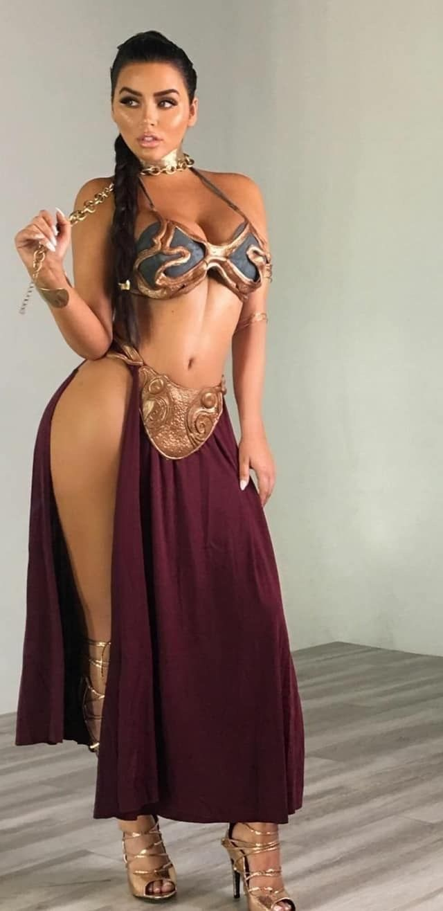 eff4b1d3d 18 Of The Best Princess Leia Slave Costumes In The Galaxy