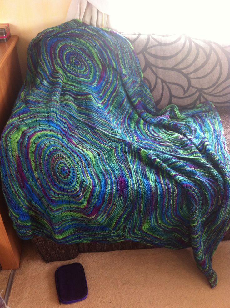 Round squared blanket