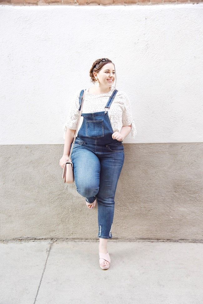 222789ed535 How To Style Overalls - How to wear overalls without looking childish