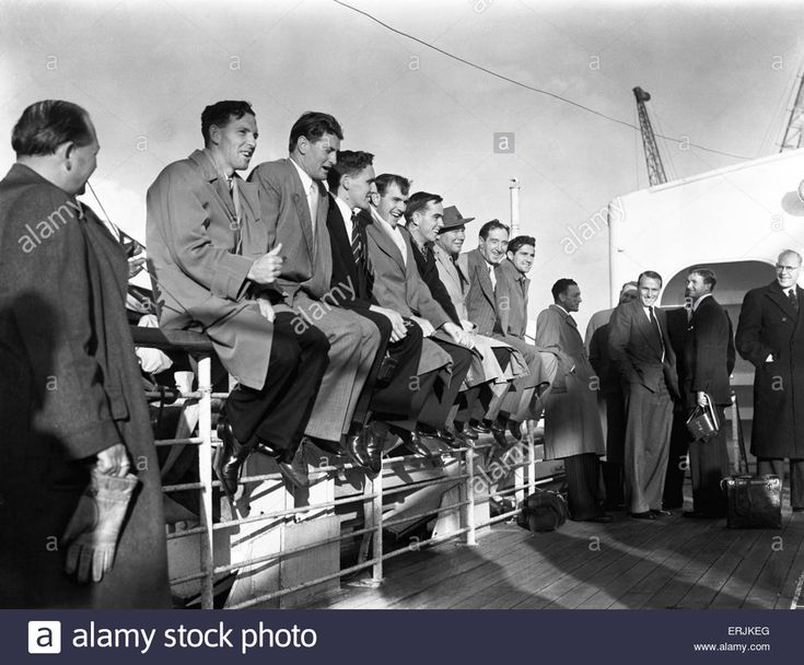 The Australian cricket team arrive in England for the Ashes tour. 13th April 1953. Stock Photo