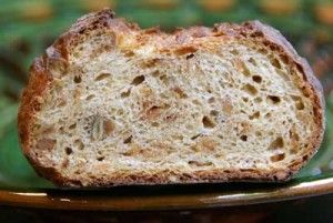 Granola and Granola Bread Recipe | Wild Yeast  Hmmmmmm..... Mashed potato and granola in the dough. Must try!