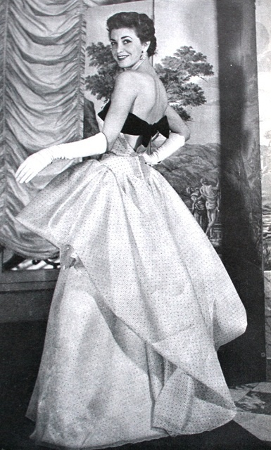 Evening dress by Lucile Manguin <3 1954