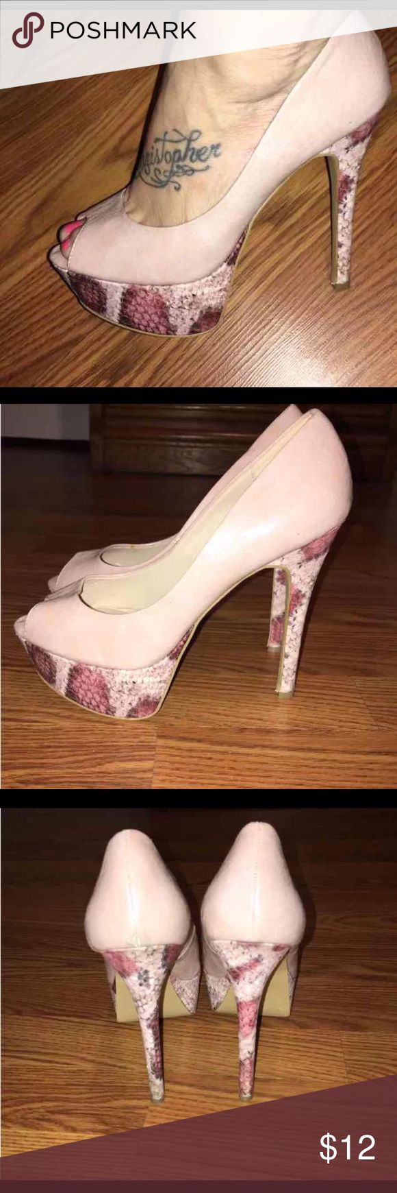 Just Fab Pink Snakeskin Heels Size 9 Excellent condition Heels by Just Fab powder Pink Snakeskin print Size 9 JustFab Shoes Heels