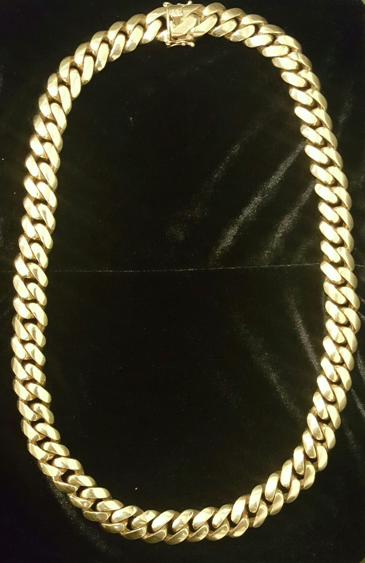 Amazing men's chain in stock. Contact us today at (905) 385-GOLD.