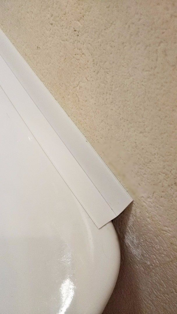 洗面台横の隙間 のカビ予防には防水テープが超便利 洗面台 整理