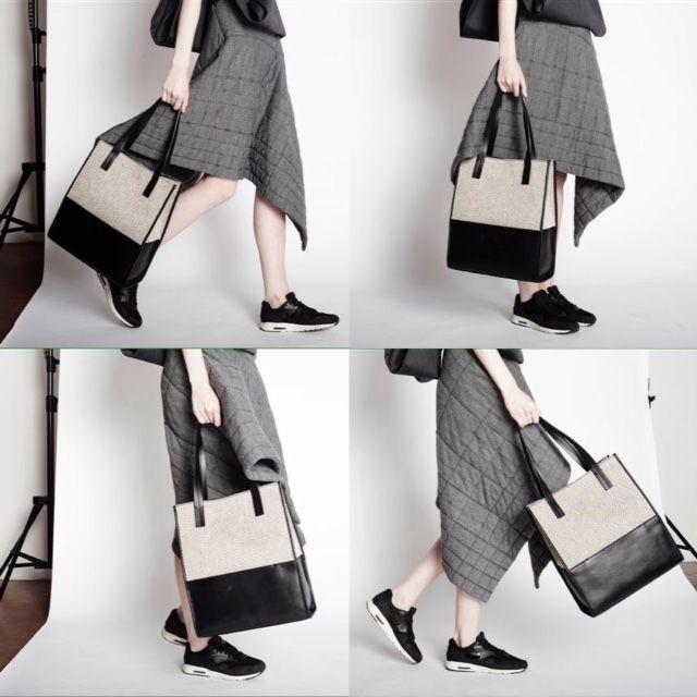 Oggi è giorno di shooting! Nuovi scatti e nuove ambientazioni… e a breve, anche un nuovo modello! Today… shooting! A new Perfect Bag is coming! #comingsoon #shooting #theperfectbag #shoppingbag