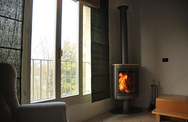 88 best fireplaces stoves images on pinterest fire. Black Bedroom Furniture Sets. Home Design Ideas